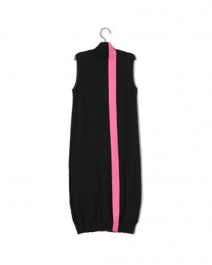 ブラック カラーライン ハイネック ノースリーブ ニットドレスを見る