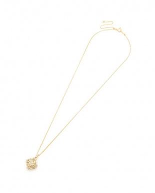イエローゴールド K18YG ダイヤモンド 1.00ct デザインネックレスを見る