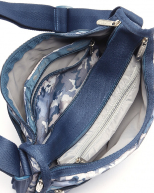 CAMO BLUES DELUXE EVERYTHING BAGを見る