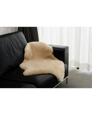 マロンベージュ ニュージーランド原皮使用 洗えるムートンラグ1匹 55×90cm Mサイズを見る