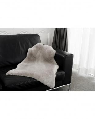 グレー ニュージーランド原皮使用 洗えるムートンラグ1匹 60×110cm Lサイズを見る