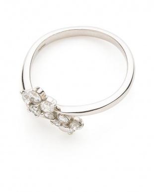 プラチナ PT ダイヤモンド デザインリングを見る