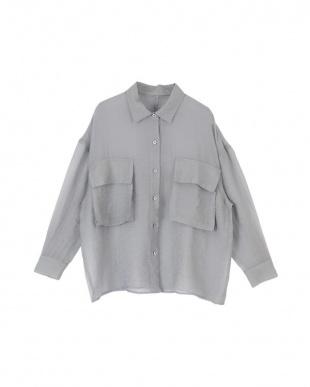 グレー ビッグポケットシアーワークシャツを見る