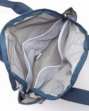 CAMO BLUES DOUBLE TROUBLE BACKPACKを見る