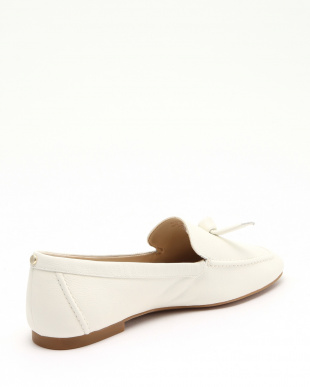 CADDIE BOW LOAFER:OFFWHT SFT Gを見る