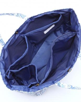 ブルー バッグインバッグを見る