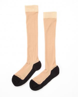 ベージュ×ブラック まるでストッキングを履いたようなくつした 薄手キレイ魅せタイプ4足セットを見る