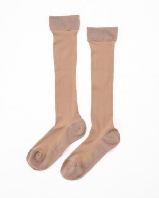 オークル まるでストッキングを履いたようなくつした 薄手キレイ魅せタイプ4足セットを見る