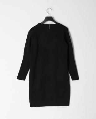 ブラック ウールレーヨン ロング羽織ニット(ラインストーンネックレス付き)を見る