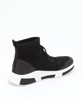 Black COMFFKNIT SOCK BOOTSを見る