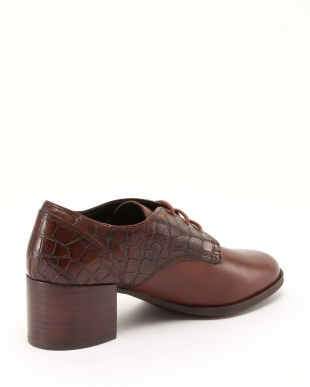 BROWN SHOESを見る