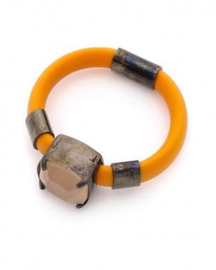 オレンジ/ピーチ/ブラック シルバー レザー デザインリングを見る