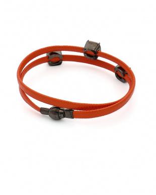 オレンジ/ピーチ/ブラック シルバー レザー シルバーマグネット ブレスレットを見る