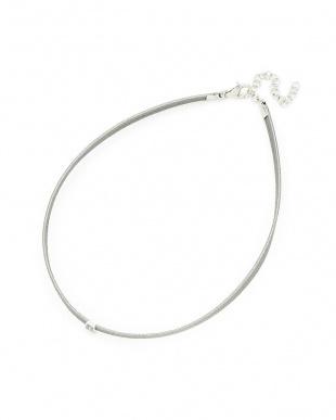 シルバー×ホワイト シルバー レザー ジルコニア ネックレスを見る