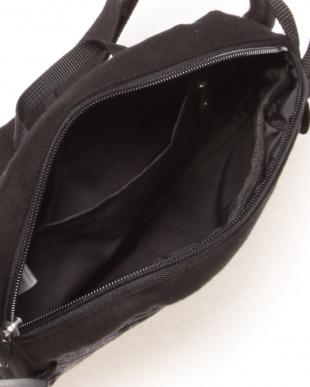 ブラック MELTON BODY BAGを見る