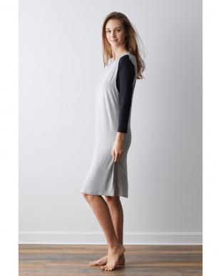 grey ラウンジドレスを見る