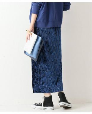 044 ベルベットプリーツタイトスカートを見る