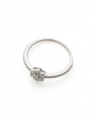 プラチナ ダイヤモンド フローラル リングを見る