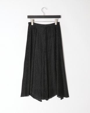 ブラック ニットプリーツ スカートを見る