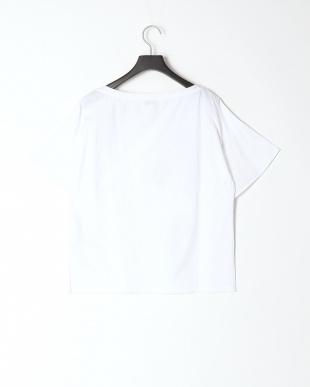105 Tシャツ・カットソーを見る