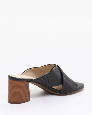 DAKOTA CRSSCRSS MULE:BLACK LEAを見る
