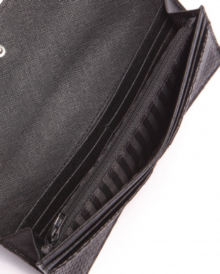 ブラック 財布を見る