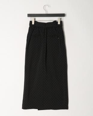 ブラック ドットタイトスカートを見る