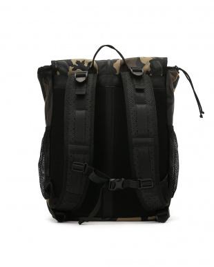 カモ Split-top Messenger Backpack バックパックを見る