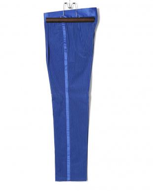ブルー ストライプ サテン切替 ピークドラペル スーツを見る