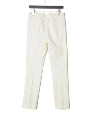 ホワイト 2タック パンツを見る