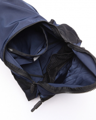 CLASSIC NAVY T LARGE PACKABLE BACKPACKを見る