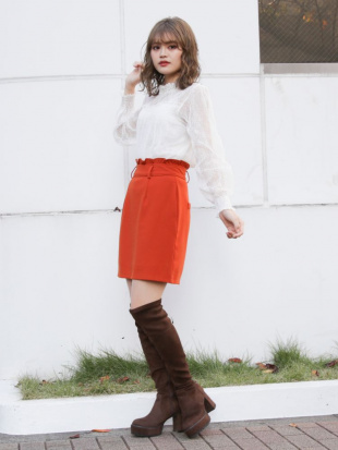 オレンジ クラシカルタイトミニスカート dazzlinを見る