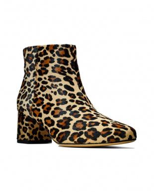 Leopard Print Sheer Floraを見る