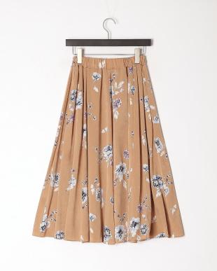 ベージュ 花柄スカートを見る