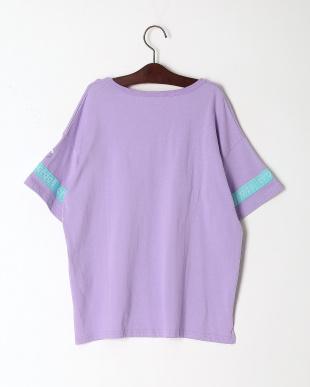 LAV ハンソデ Tシャツを見る