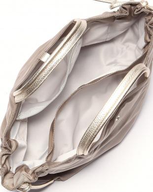ダークベージュ*ゴールド フランス製ナイロンハンドバッグ「コモ」を見る