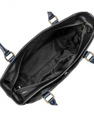BK/NV 手提げバッグを見る