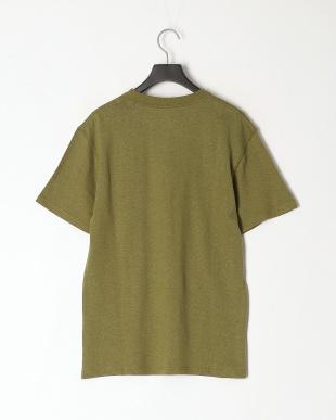 オリーブ レギュラーフィット 胸ポケットTシャツを見る
