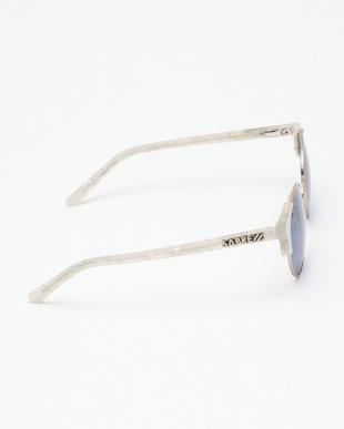 SV207 SHEENA : PEARL WHT-MT GOLD METAL/BLUEを見る