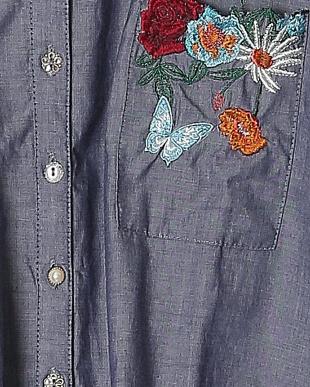 ネイビー 3素材ボタニカル刺繍シャツチュニックを見る