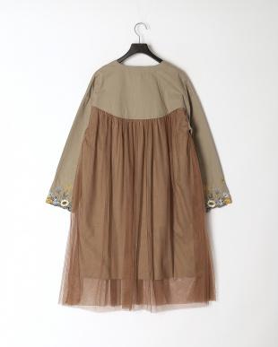 カーキ 袖花蝶ボタニカル刺繍ツイル×チュールコートを見る