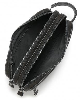 ブラック シャークレザー 2コンパートメント セカンドバッグを見る
