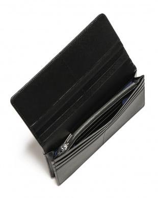 ブルー/ブラック シャークレザー 日本鞣し染色 フラップ 長財布を見る