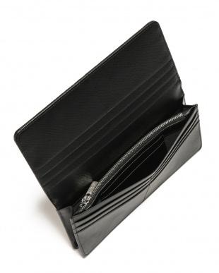 バニラ シャークレザー 日本鞣し染色 フラップ 長財布を見る