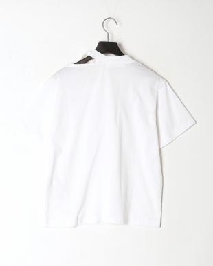 01/white Cut&sewを見る
