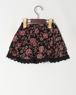 ブラック 大花柄スカートを見る