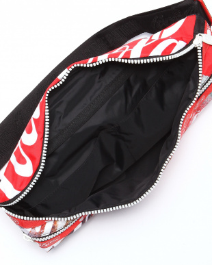 COCA- COLA SPLASH HERITAGE BELT BAGを見る