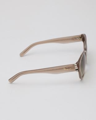 OPALINE NUDE Ferragamoサングラスを見る