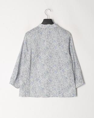 ブルー リバティ丸衿シャツを見る