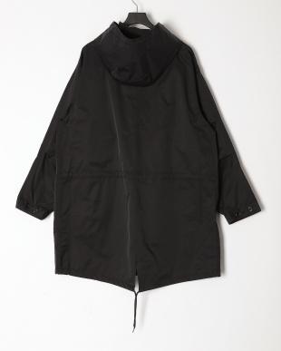ブラック フード付きモッズコートを見る